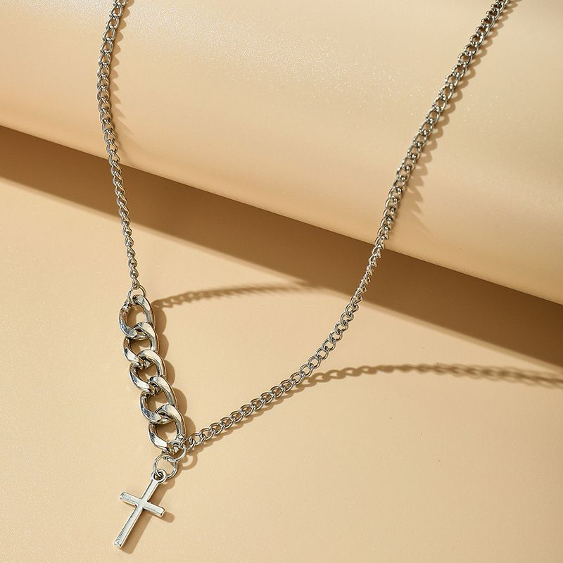 Retro cross necklace womens alloy  short hip hop clavicle chain wholesale NHGY251110