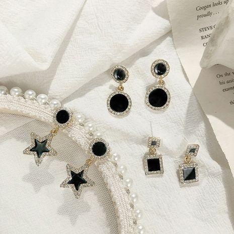 S925 Argent Aiguille Coréenne Diamant Géométrique Noir Flash Carré Rond Boucles D'oreilles Étoiles À Cinq Branches En Gros NHPF251205's discount tags
