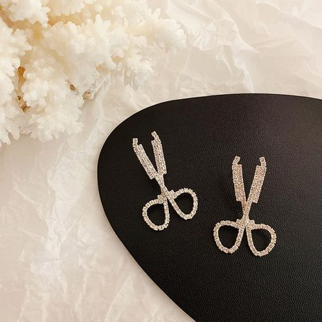 Mode Schere lange neue S925 Silber Nadelohrringe für Frauen Großhandel NHXI251312's discount tags