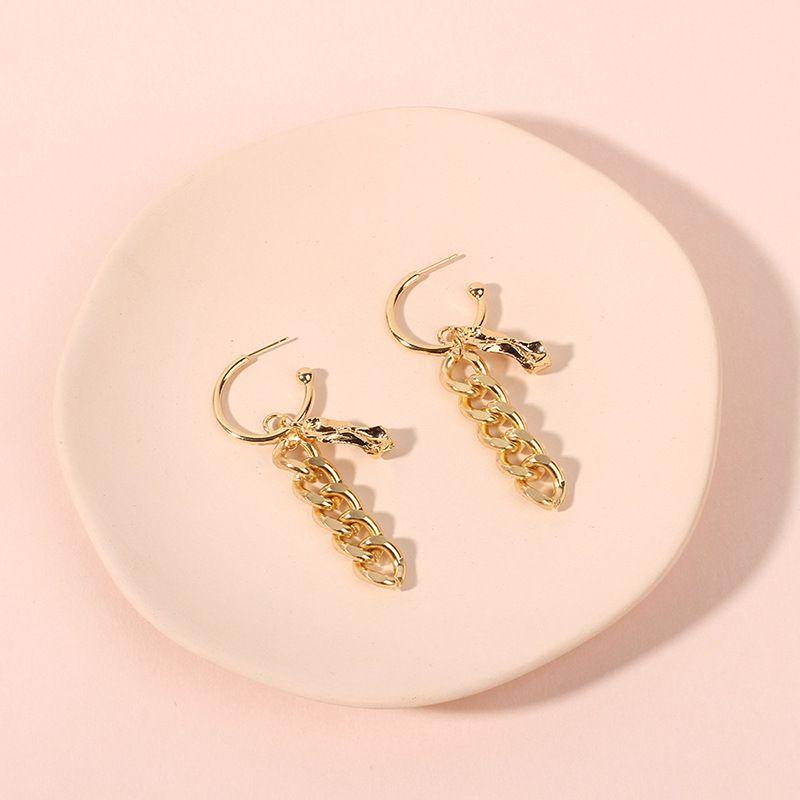 simple twist chain pendant earrings exaggerated antique metal earrings wholesale nihaojewelry NHRN240974
