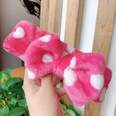 NHNA878926-10-rose-red-and-white-spots