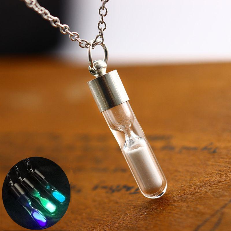 Fashion Hourglass Crystal Drifting Bottle Pendant Quicksand Wishing Bottle Lady Luminous Jewelry Necklace NHAN241142