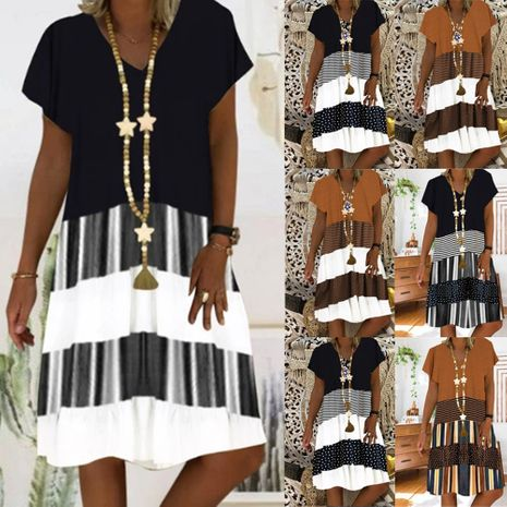 Vestido de manga corta con cuello en v de nueva impresión de moda venta caliente al por mayor NHYF241355's discount tags