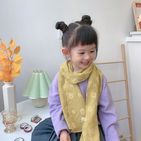 new Korean simple children's small daisy print cotton and linen scarf wholesale NHCJ241467's discount tags