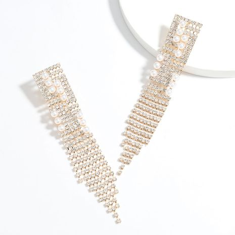 Super flashing claw chain series exaggerated alloy diamond and pearl long tassel earrings wholesale nihaojewelry NHJE241679's discount tags