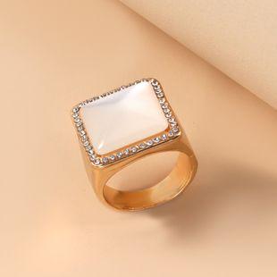 vente chaude nouvelle personnalité de la mode alliage simple rétro diamant carré bague en gros nihaojewelry NHKQ241722's discount tags