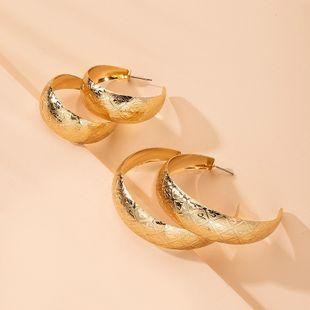 tendance de la mode boucles d'oreilles exagérées en métal boucle d'oreille de style simple en gros nihaojewelry NHAI241833's discount tags