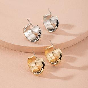 Boucles d'oreilles tendance géométrique en métal de style simple de Corée en gros nihaojewelry NHAI241835's discount tags