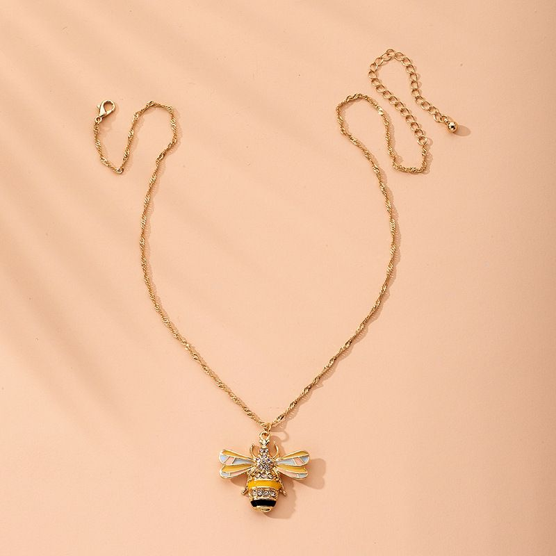Fashion bee simple tide niche alloy clavicle chain necklace for women NHAI241838