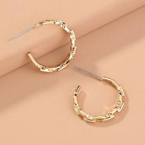 Nuevos pendientes geométricos de hip-hop retro de moda en forma de C de cadena de celosía de metal al por mayor NHAN251352's discount tags