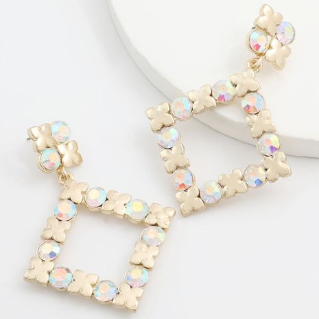 nouvelles boucles d'oreilles en acrylique incrustées de diamants en alliage carré multicouche en gros NHJE251390's discount tags