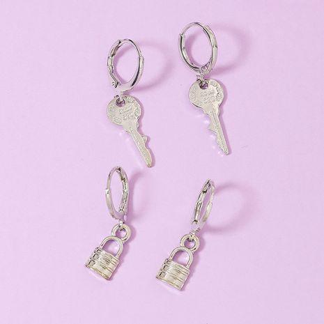 Nuevos pendientes populares de metal con cerradura de llave 2 pares de pendientes de venta caliente de varias piezas al por mayor NHGU251697's discount tags