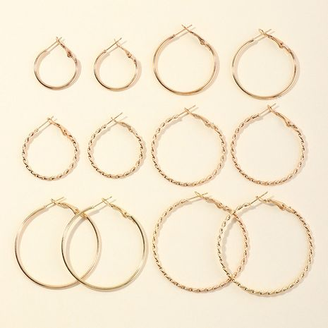 Pendientes de círculo geométrico de moda Pendientes en forma de C de metal salvaje al por mayor NHNZ256110's discount tags