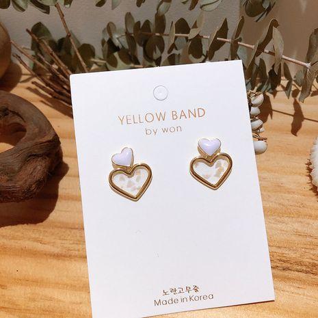 Corée S925 aiguille d'argent mignon petite couleur bonbon en forme de coeur goutte d'huile violet amour coquille cassé boucles d'oreilles pour les femmes NHXI256211's discount tags