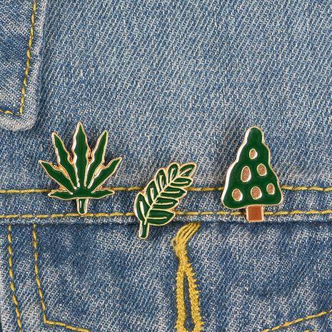 Broche de aleación verde de moda al por mayor NHBO256284's discount tags