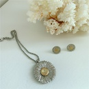 daisy flower sun flower men and womens hiphop style necklace pendant  NHYQ256531