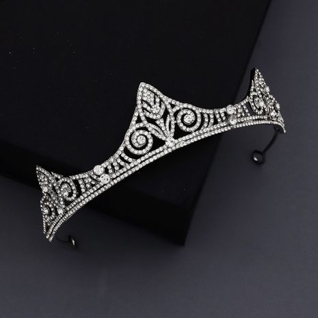 court retro king crown hollow semicircle crown alloy rhinestone bridal headdress wholesale NHHS256908's discount tags