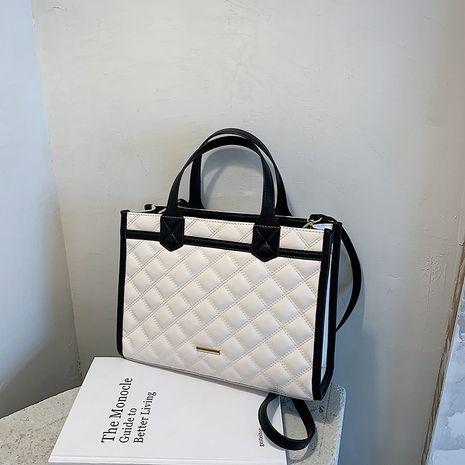Dames de grande capacité sacs nouvelle broderie losange une épaule messenger mode sac fourre-tout portable NHLH256987's discount tags