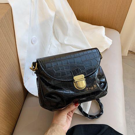 sac à bandoulière à une épaule texturée sous les aisselles NHJZ257103's discount tags