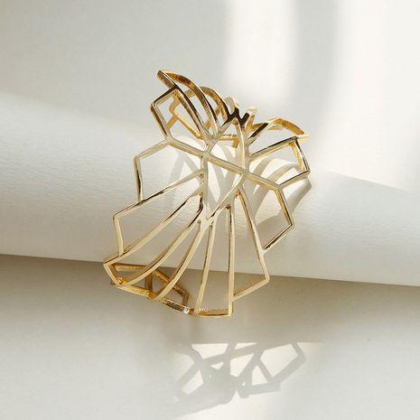 Vente en gros de bracelet de texture métallique croisée de mode de vente chaude NHGU257632's discount tags