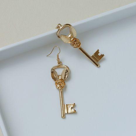 Los pendientes vendedores calientes de la llave de la flor color de rosa de la textura del metal de la moda venden al por mayor NHGU257653's discount tags