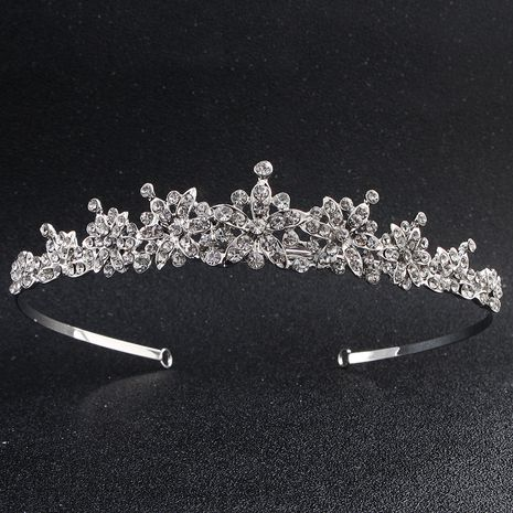 Hot selling classic simple bridal headdress retro alloy diamond headband wholesale NHHS257721's discount tags