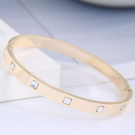 Bracelet de personnalité simple serti de diamants en métal de mode coréenne NHSC257842's discount tags