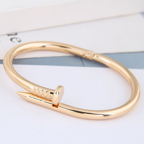 bracelet de personnalité de clou de rivet simple en métal de mode NHSC257841's discount tags