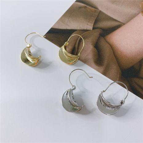 Les nouvelles boucles d'oreilles de mode simples en métal tridimensionnel de Corée NHYQ257973's discount tags