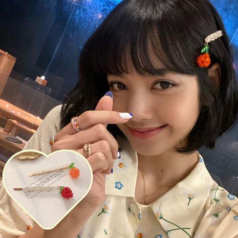 Nouvelle coréenne douce fille cristal perlé en épingle à cheveux orange fraise en gros NHCQ258249's discount tags