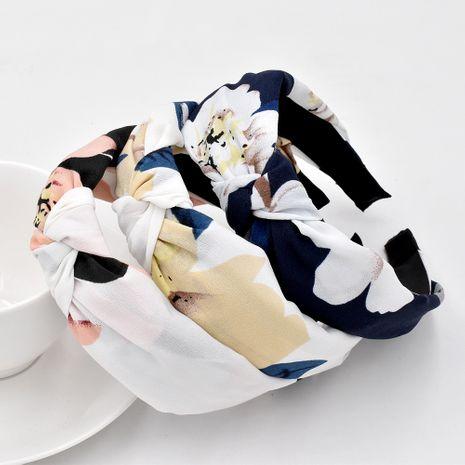 Venta al por mayor de la venda de la cabeza de la flor simple de la flor grande anudada de la tela retro NHCL258253's discount tags