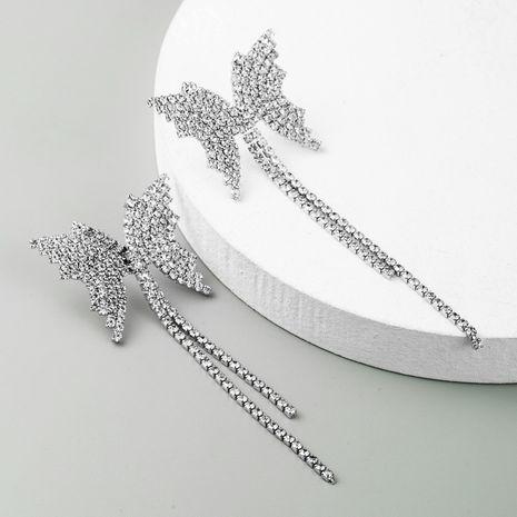 Pendientes de aleación de diamantes de imitación de borla larga de diamantes de imitación de mariposa al por mayor NHLN258331's discount tags