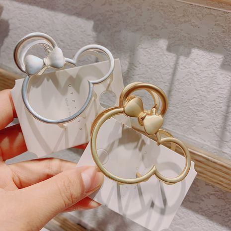 Hot selling fashion metal matte lady mouse hollow flower hair clip NHCQ258999's discount tags