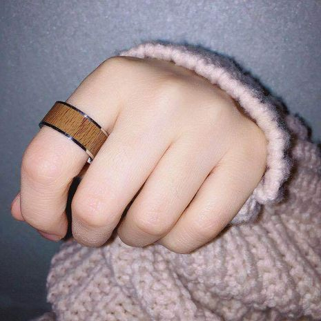 Hot-selling fashion titanium steel wood grain retro ring NHIM259103's discount tags