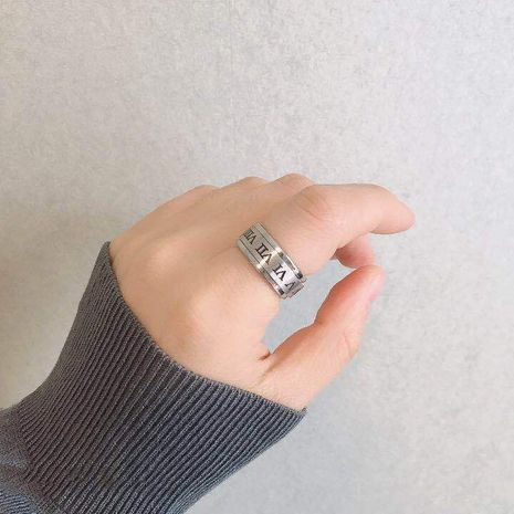 Fashion new Roman numeral rotating couples ring hot-saling wholesale NHIM259106's discount tags
