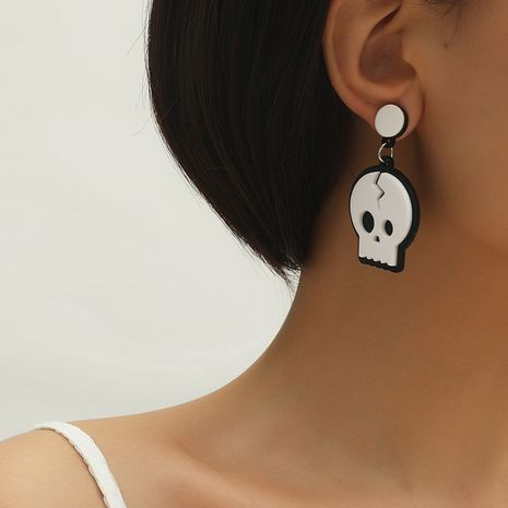 Fashion halloween personality creative fun funny skull earrings wholesale NHKQ259115's discount tags