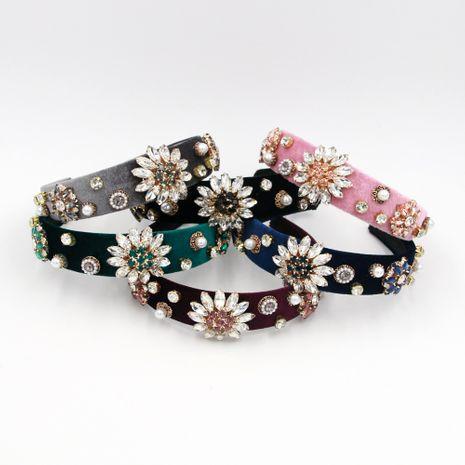 Vente en gros de bandeau de fleur de cristal clair de mode de vente chaude NHCO259360's discount tags