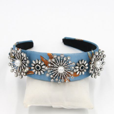 Hot selling fashion point diamond rhinestone alloy metal headband NHCO259368's discount tags