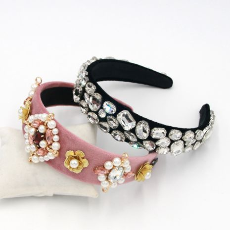 Hot selling fashion pearl rhinestone metal geometric headband  NHCO259375's discount tags