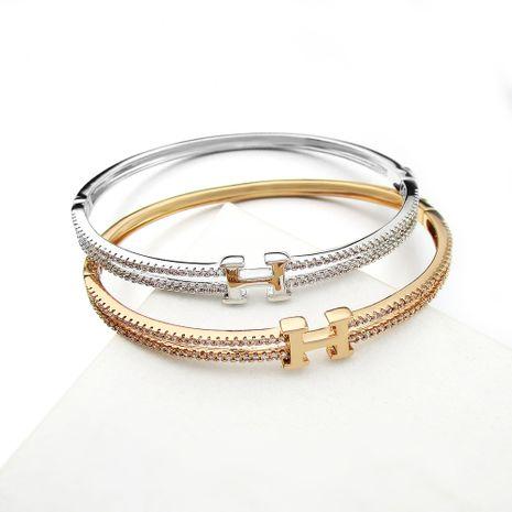 Vente en gros de bracelet en zircon micro-incrusté de lettre H plaqué or de mode de vente chaude NHLJ260021's discount tags