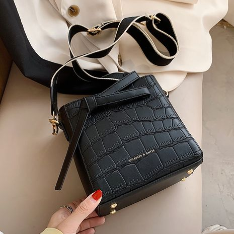 Hot selling fashion stone pattern shoulder bag messenger bag wholesale NHLH260212's discount tags