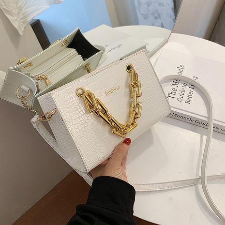 new fashion portable chain bag Korean one-shoulder messenger bag wholesale NHLH252369's discount tags