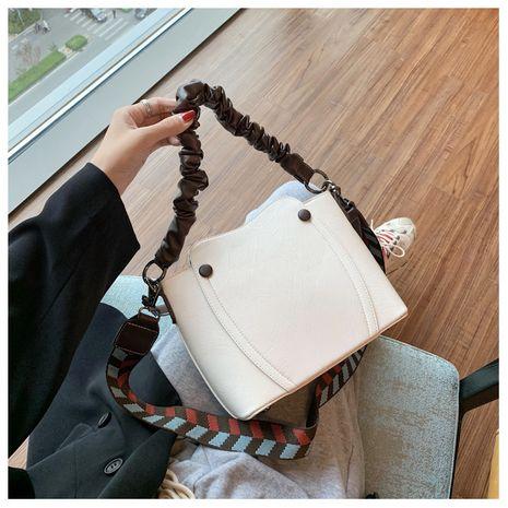 Fashion chain mobile phone coin purse new shoulder strap single shoulder messenger bag wholesale NHLH252383's discount tags
