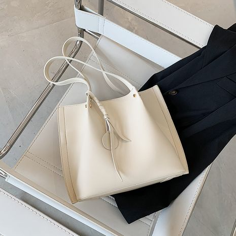 Simple large-capacity popular new solid color shoulder bag fashion tote bag wholesale NHLH252388's discount tags