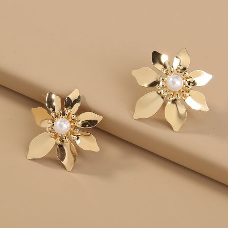 Hot selling fashion gold flower earrings pure white pearl metal earrings wholesale NHAN260448's discount tags