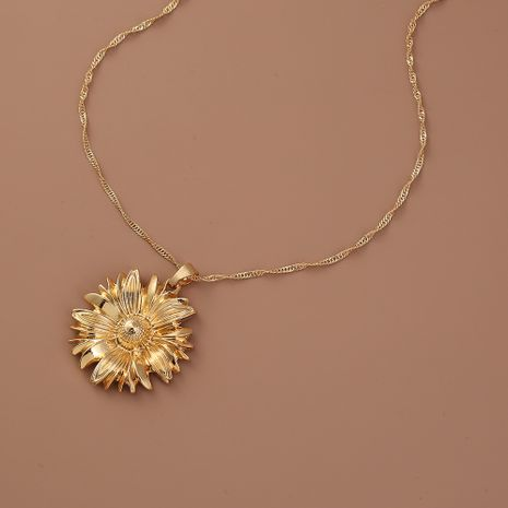 Hot selling fashion chrysanthemum pendant women's necklace wholesale NHAN260471's discount tags