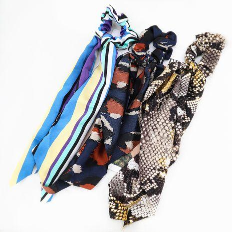 Vente chaude tissu imprimé rayé écharpe vague en peau de serpent chouchous cheveux coréens NHJE260573's discount tags
