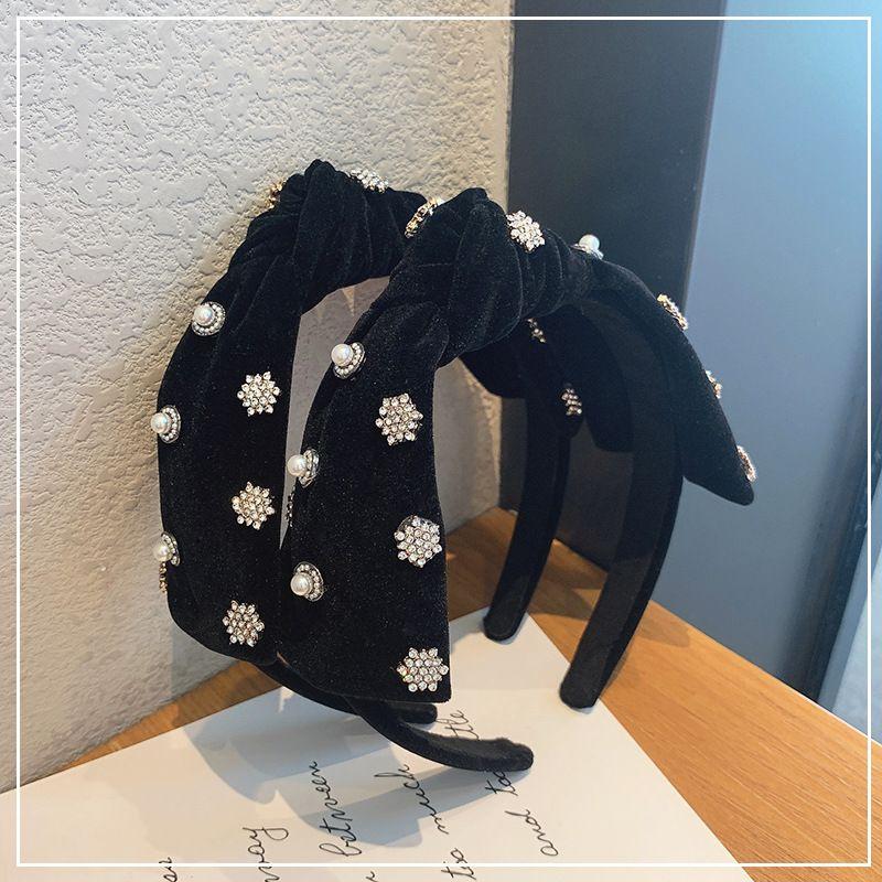 Korea fashion  black velvet pearl headband wholesale  NHOF260625