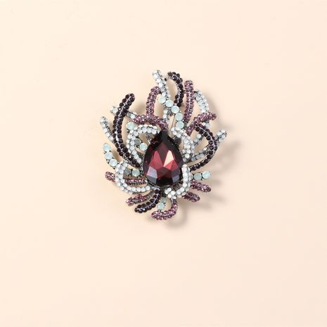 Fashion  creative exaggerated crystal diamond brooch  NHKQ260724's discount tags