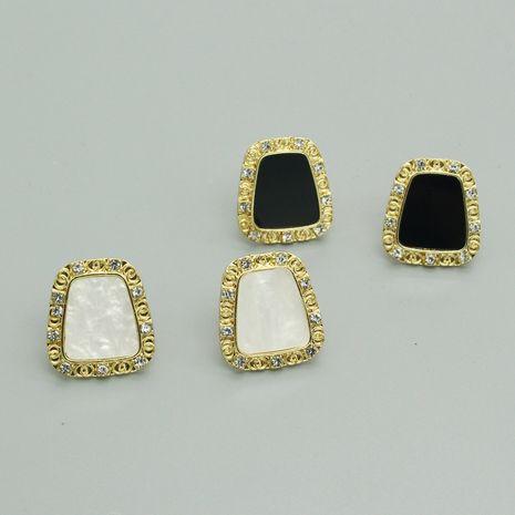 Vente chaude mode aiguille en argent 925 nouvelles boucles d'oreilles noir et blanc en gros NHGO260809's discount tags